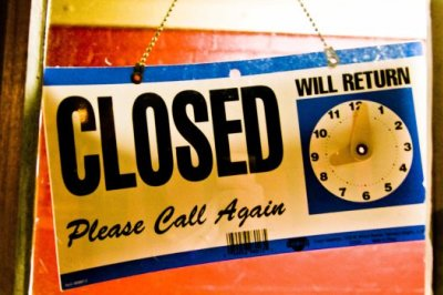 Closed_sign.jpg