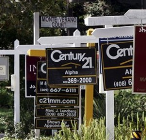 Existing Homes Sales Rise to Three-Year High, but Miss Estimates