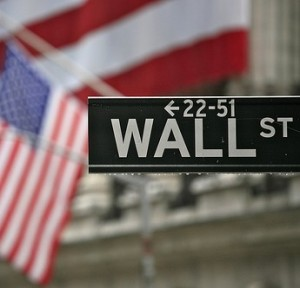 Wall Street Holds on to Modest Gains with Increase in Jobless Claims, Japanese Stimulus Program
