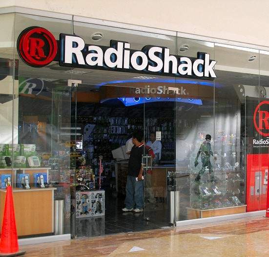 RadioShack Pulls Plug on CEO After Shares Hit All-Time Lows