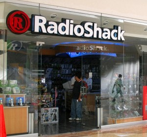 Radio Shack Shares Rise from Technical Bottom on New Executive Hires