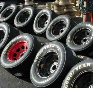 Stocks Under $10: Auto-Tires-Trucks