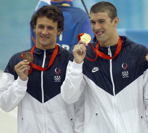 Phelps_Lochte_2008____Wiki_Commons.png