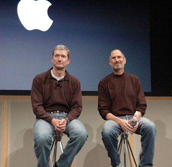 Tim Cook Jobs Apple AAPL