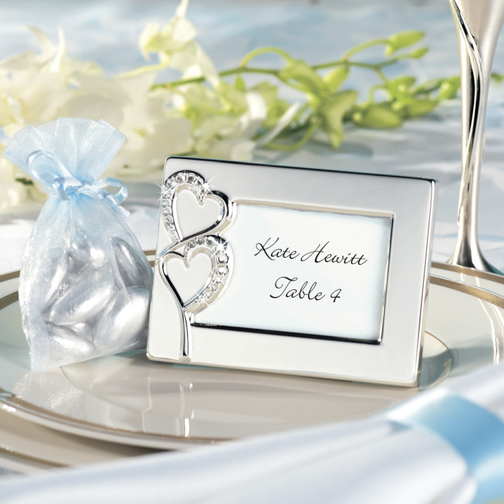 Twin hearts favor frame and place card holder with place card for Place card for wedding