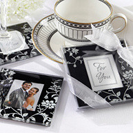Black, White and Silver Wedding Themes