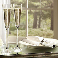 New Styles in Toasting Flutes and Cake Serving Sets