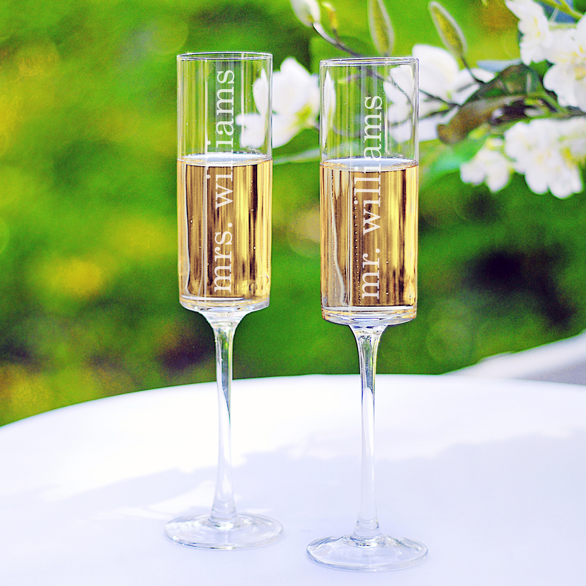 exclusively weddings  contemporary toasting flutes -