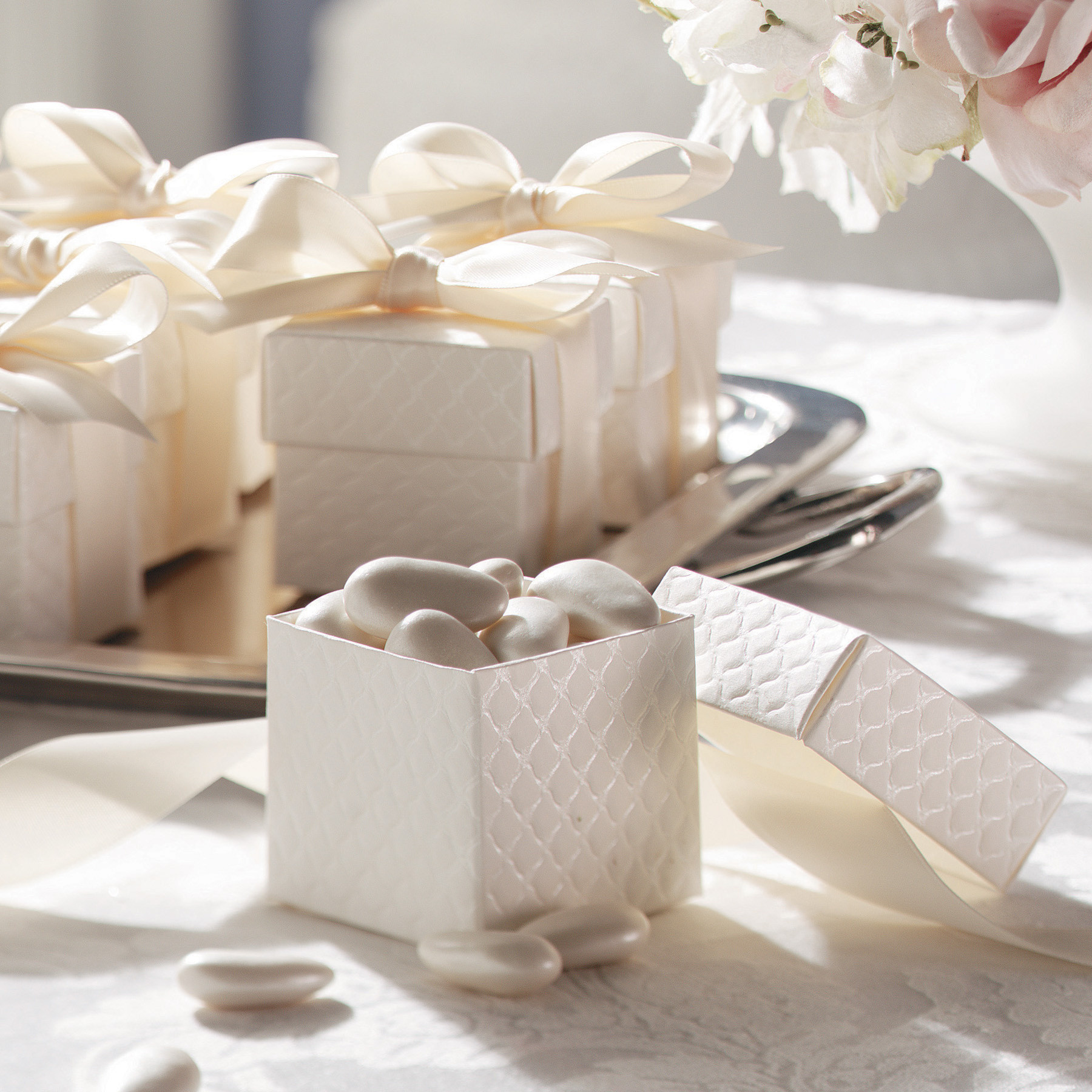 Quilted Off White Favor Boxes wedding favor boxes