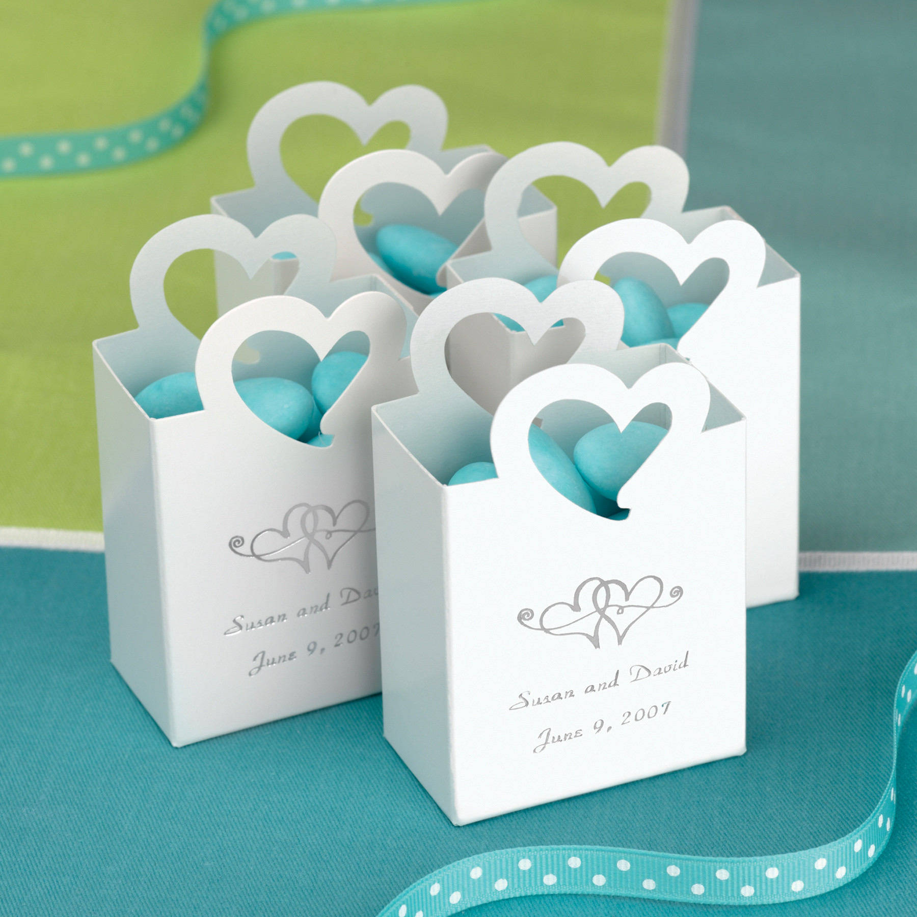 Mini tote wedding favor box with heart handle wedding favor boxes galleries junglespirit Images