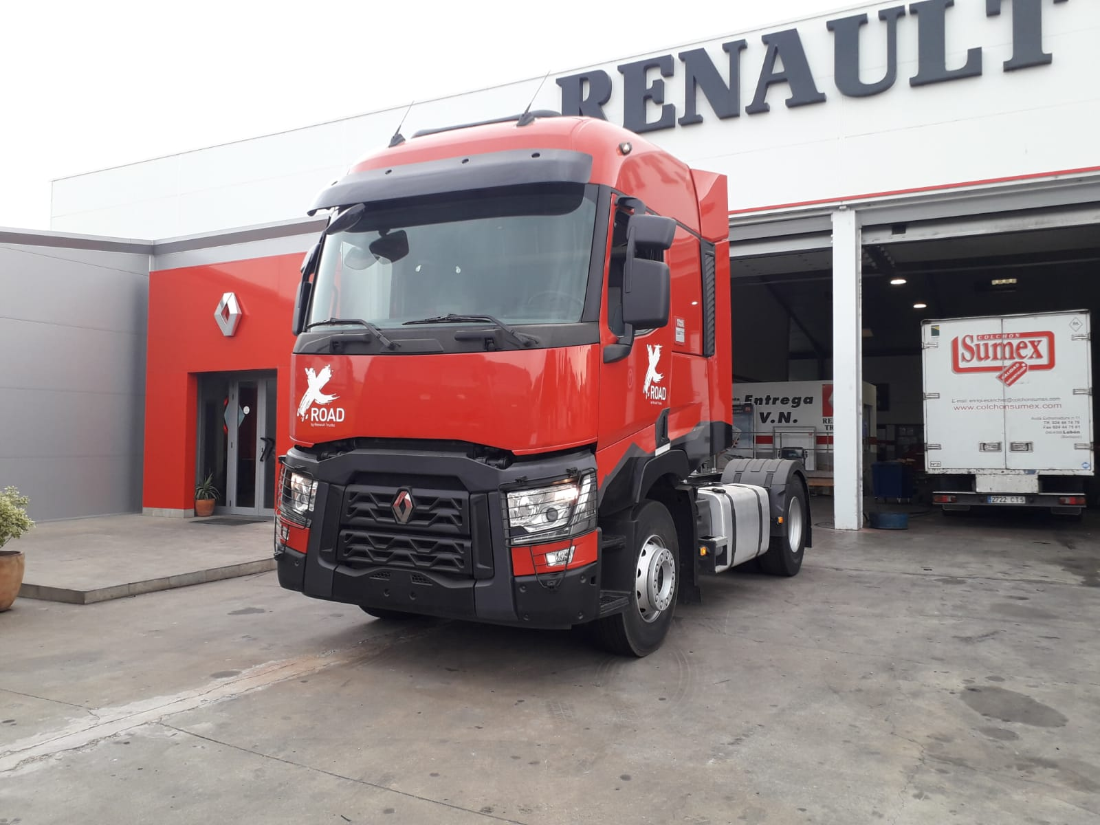 RENAULT T 460 T X-Road