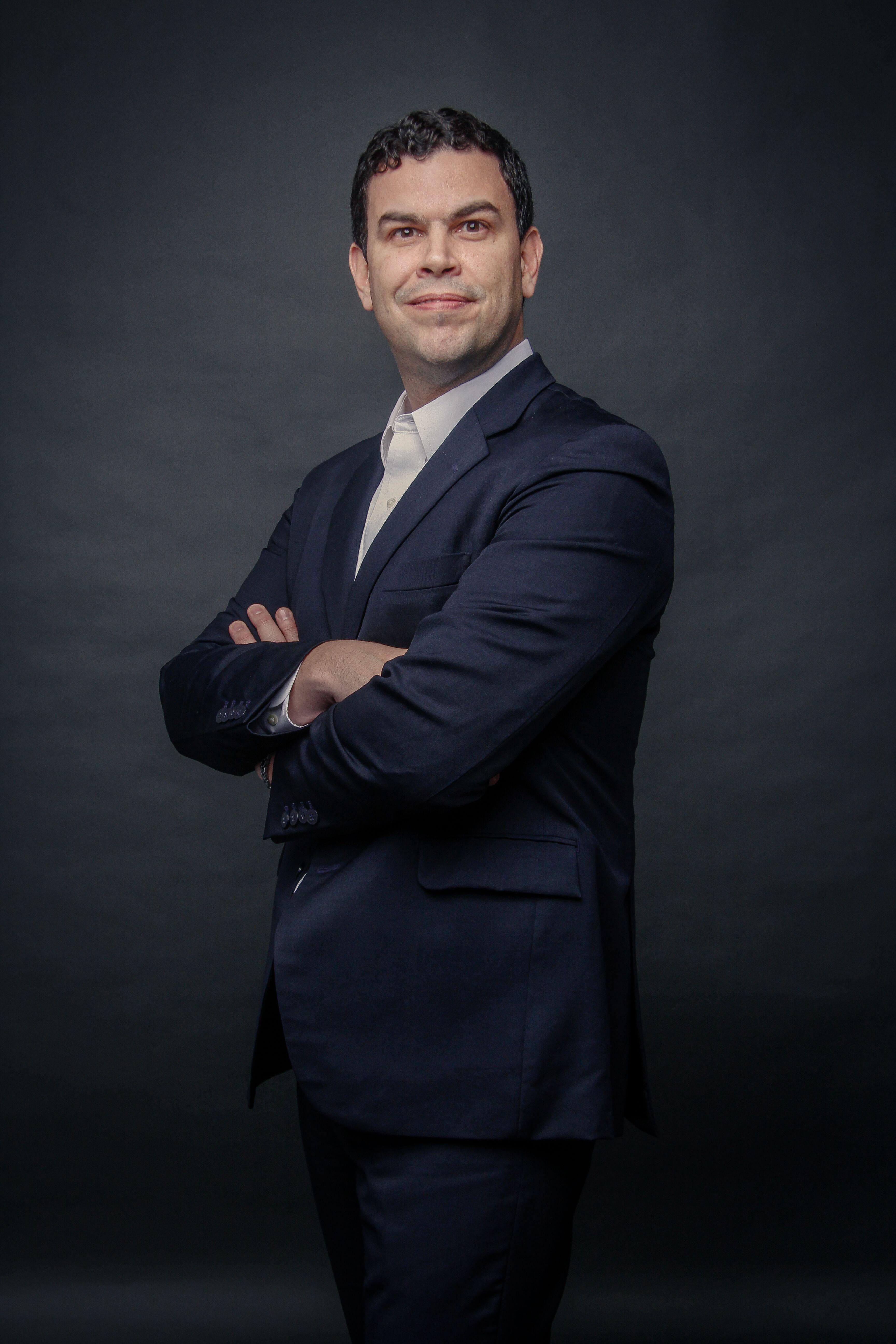 """Fernando Vasconcellos, head de marketing do Grupo XP: """"parceria para atingir objetivos"""""""