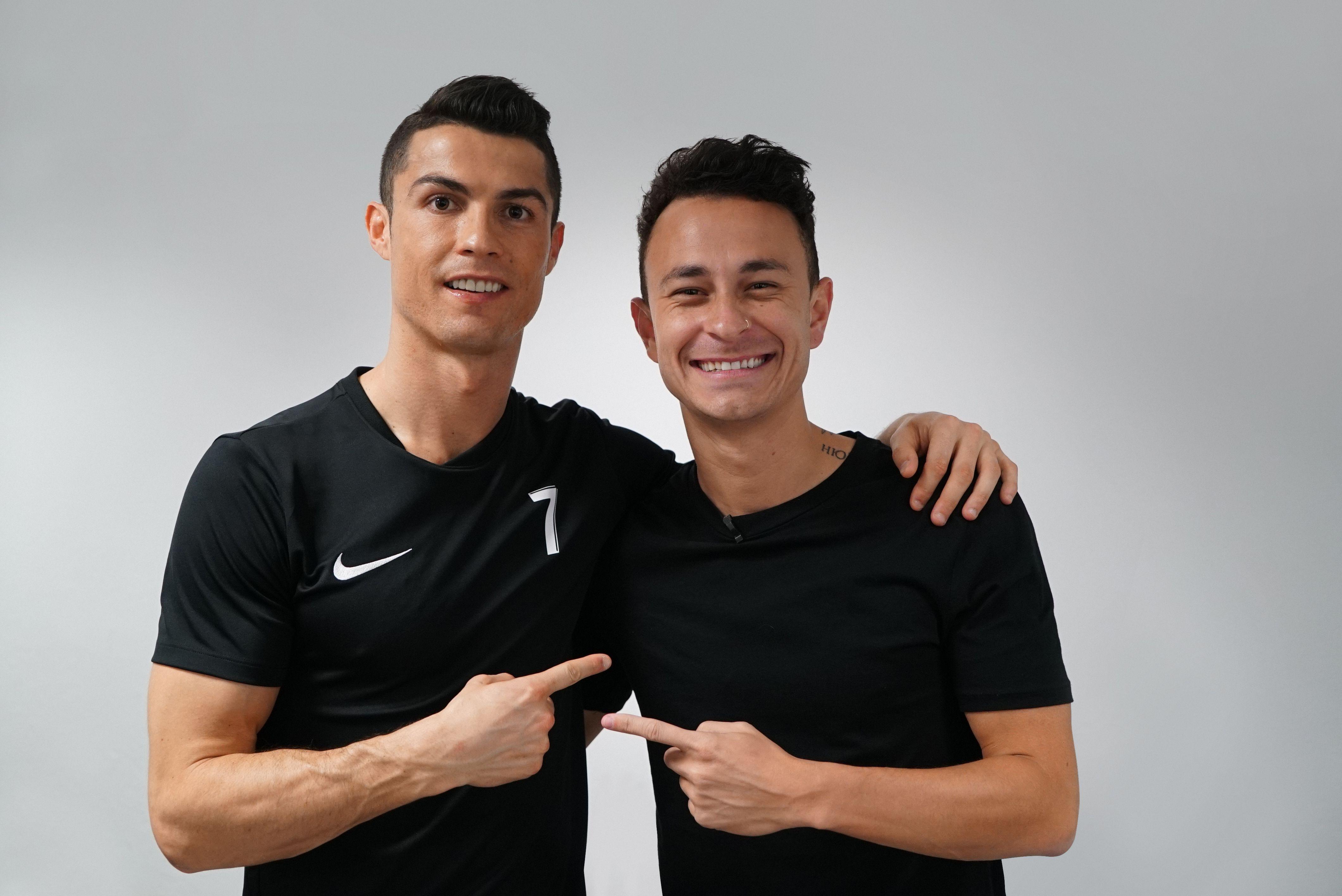 Fred, do Desimpedidos, ao lado de Cristiano Ronaldo. Crédito: Rodrigo Pazzini
