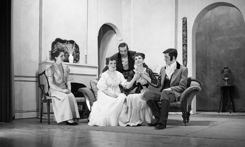 1954 Pride and Prejudice photo 1