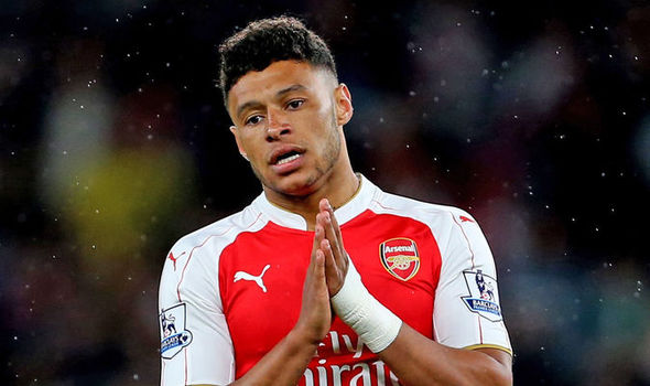 Oxlade-Chamberlain ruled out of Euro 2016