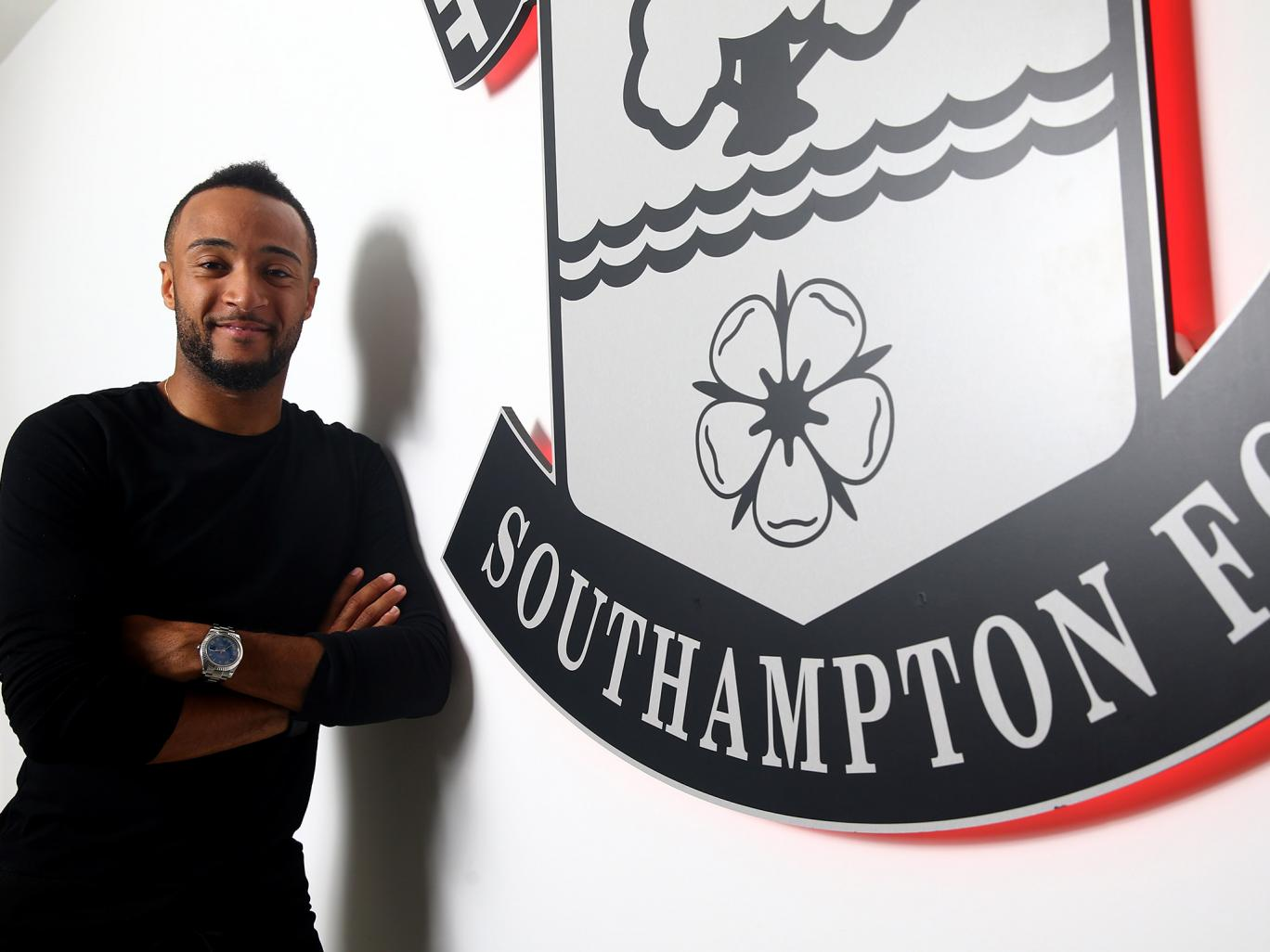 Southampton sign Nathan Redmond from Norwich City