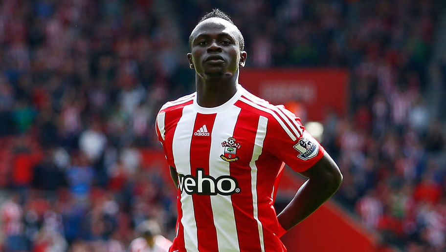 Liverpool sign Sadio Mane from Southampton