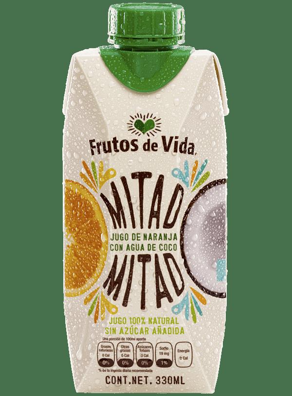 Unimos los beneficios del jugo de naranja con agua de coco. Es una combinación hidratante, natural y ¡sabe riquísimo!