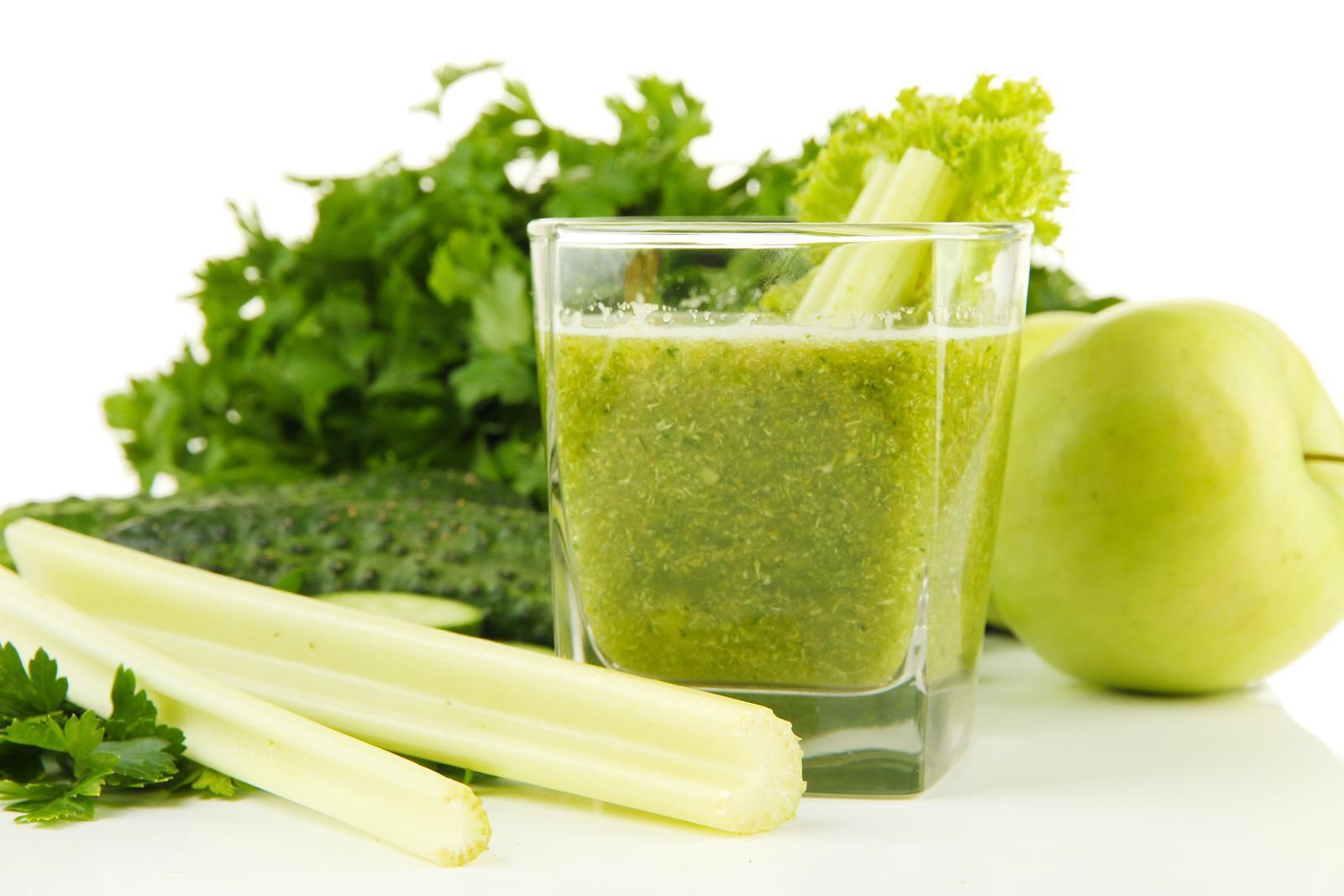 preparar jugos verdes