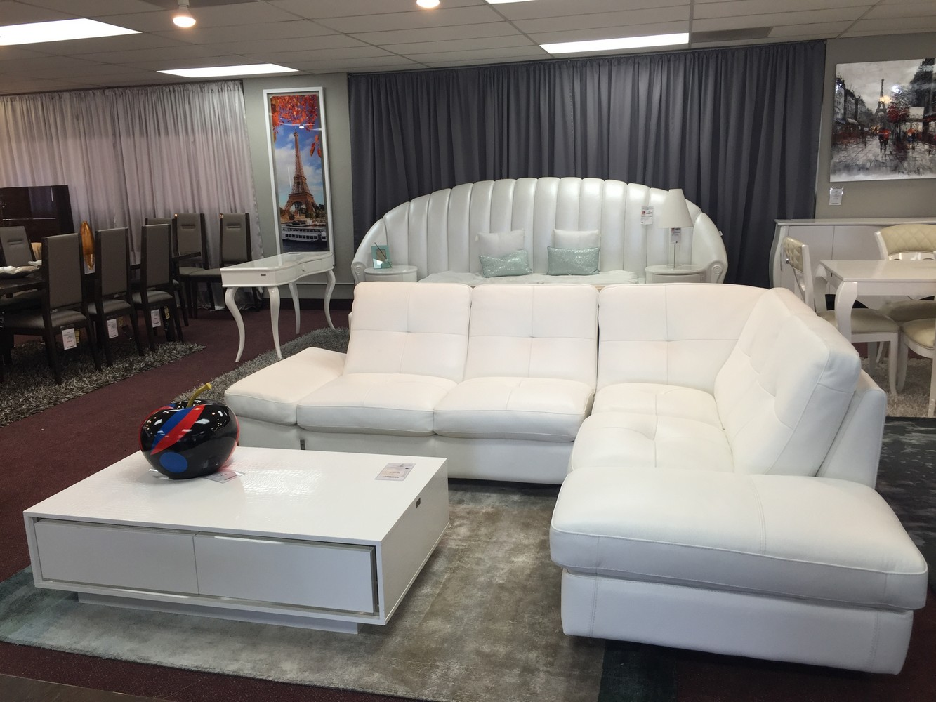 Design Center Floor Model Sale - Modern sofas los angeles