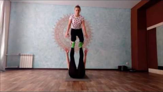 "Acroyoga. Washing  machine ""Foot-to-shin  3- step"""