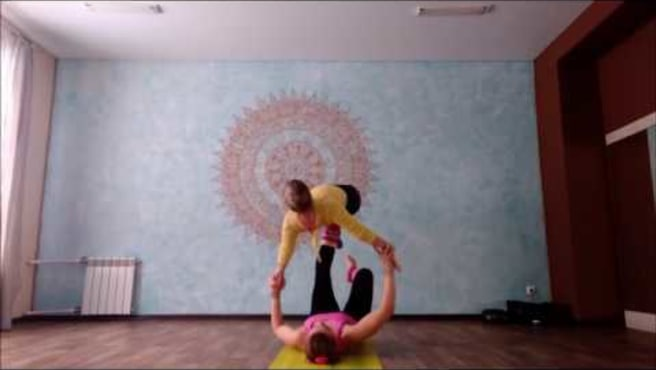 "Acroyoga. Washing  machine ""Foot-to-foot 3- step"""