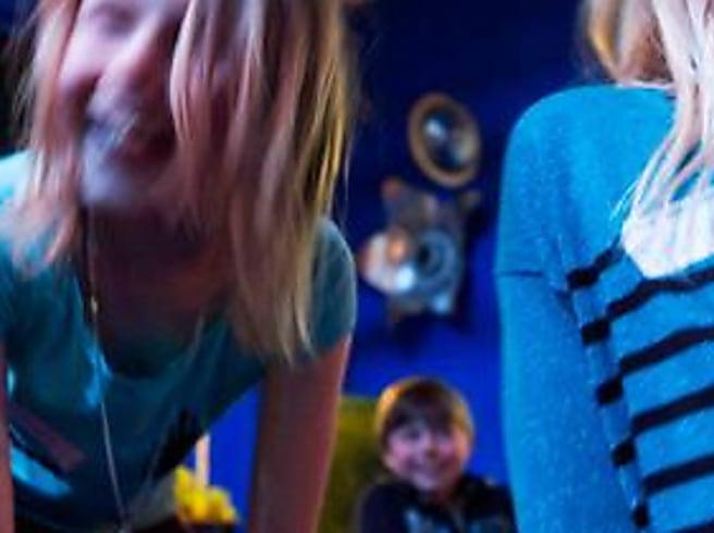 Teaterlek lär barn om starka känslor