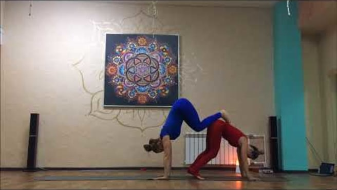 Acro+Yoga. Olga and Sveta. Acroural.