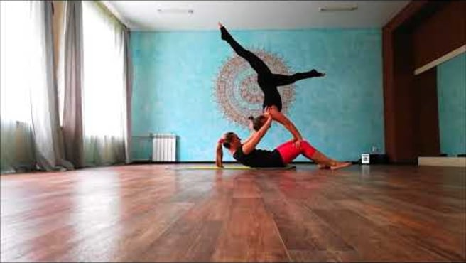 Acroyoga. New Flow. Olga and Sveta. Acroural.