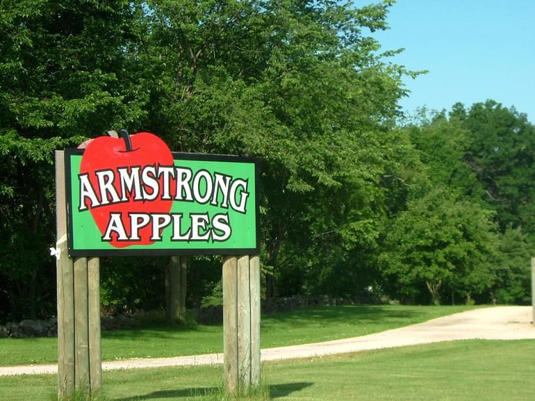 Armstrong Apples LLC - Armstrong Apples Orchard & Winery is located in the town of Armstrong on County Road B.  Located between Fond du Lac and Plymouth off county road G to B.  Also located southeast of Eden.