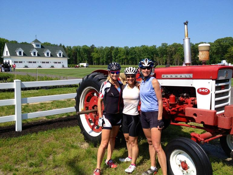 DiMeo Farms & Blueberry Plants Nursery - DiMeo Farms supports charity women's bike race to help raise money to fight breast cancer. These ladies loved our family blueberry farm and stopped to thank us for our generous support. DiMeo Farms believes in GIVING BACK.