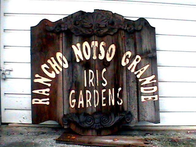 Rancho Notso Grande - The Flower Side