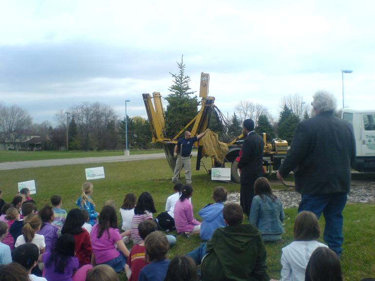Trim Pines Farm - Elementary schools are always fun places for tree planting!