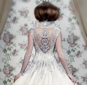 creative-wedding-dresses-gdb-_yr0fy7