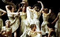 Carmen, Glyndebourne Festival 2004. Photo: Mike Hoban