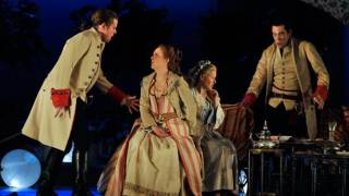 Allan Clayton as Ferrando, Barbara Senator as Dorabella, Sally Matthews as Fiordliligi and Robert Gleadow as Guglielmo