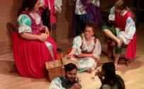 GYO Chorus, Dido (Kezia Bienek) and Aeneas (Nicholas Lester)