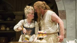 Die Entführung aus dem Serail, Glyndebourne Festival 2015. Blonde (Mari Eriksmoen) and Osmin (Tobias Kehrer).
