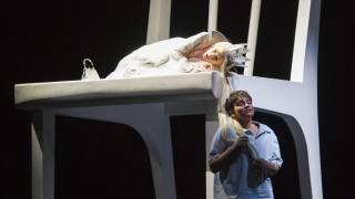 Glyndebourne Festival 2015, L'enfant et les sortilèges.  Princess (Sabine Devieilhe) and Child (Danielle de Niese). Photographer: Richard Hubert Smith