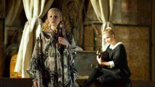 Countess (Sally Matthews) and Susanna (Lydia Teuscher), Le nozze di Figaro 2012.