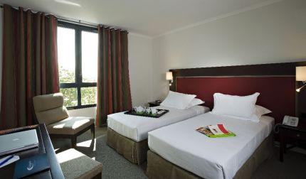 aa-saint-omer-hotel-du-golf-france-3star-bedrooms