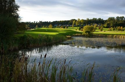 belton-woods-quality-golfing-resort-fairways-green