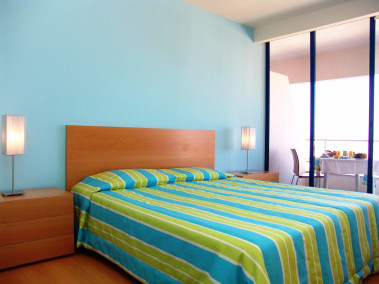 Colourful well appointed room at Luna Olympus, Algarve
