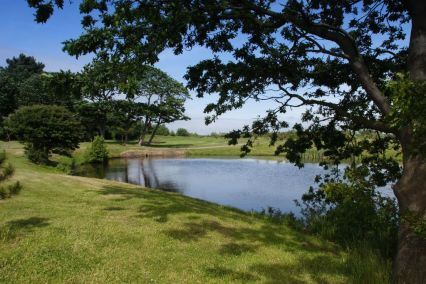 formby-golf-club-lancashire-lake-view