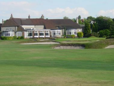 moortown-golf-club-18th-hole