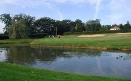 Greenside bunkers demand accurate shots to the pin