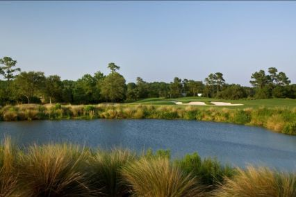 The 10th hole at RiverTowne Country Club
