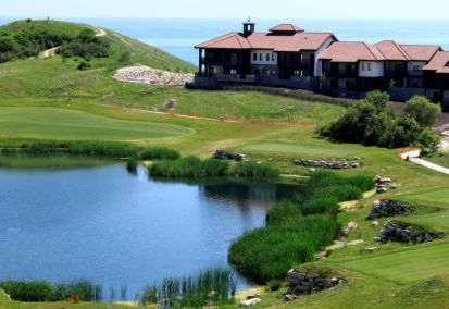 Thracian Cliffs luxurious accommodation with stunning views