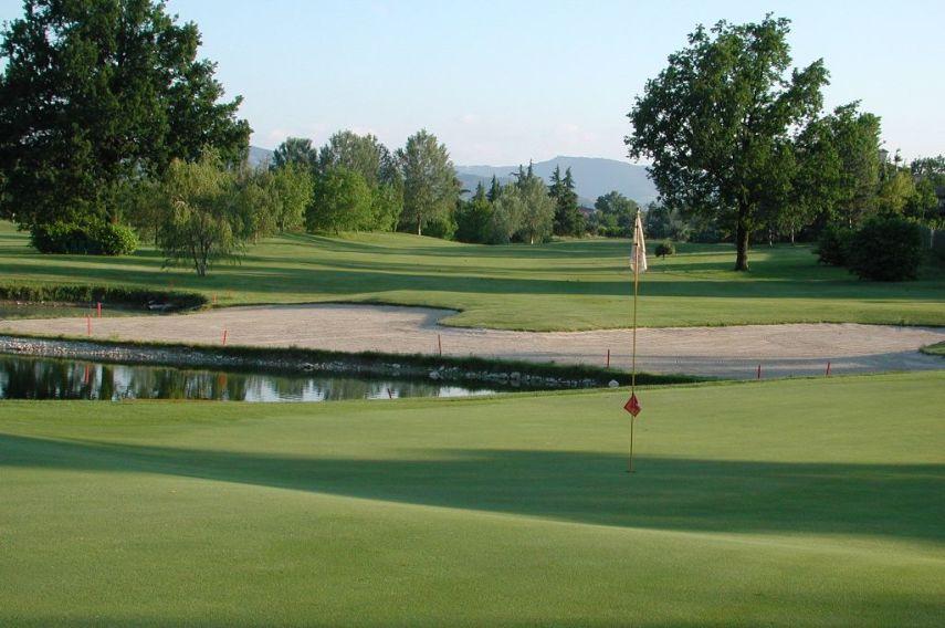 Modena golf country club emilia romagna book a golf for Centro sportivo le piscine guastalla