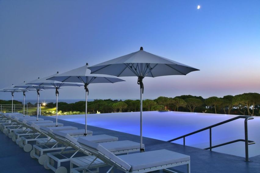 The oitavos 5 cascais portugal book a golf holiday or golf break for Lisbon boutique hotel swimming pool
